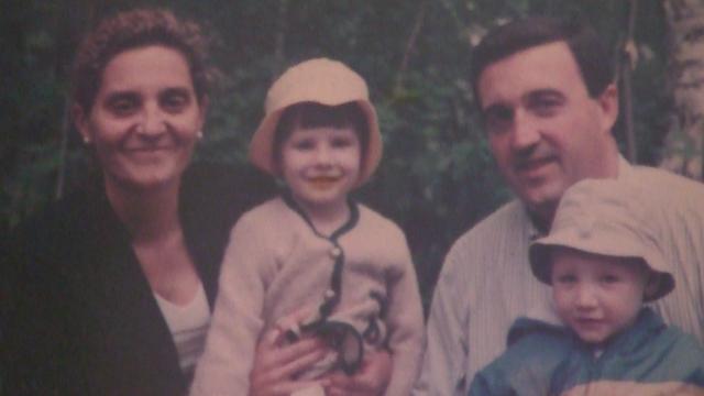 Cruz con su familia