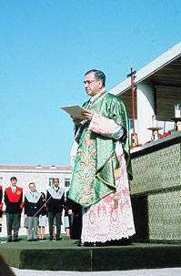 San Josemaría pronunciando la tan conocida homilía del Campus