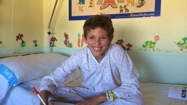 Miguel en el hospital, esperando la sesión de quimio