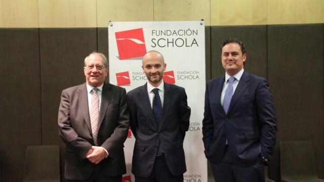 con Oscar García Maceiras y Luis Ortiz de Lanzagorta