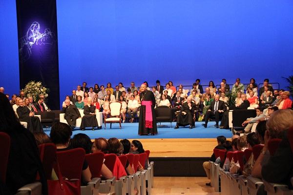 El Prelado del Opus Dei recordó varias anécdotas de la estancia de San Josemaría en Burgos